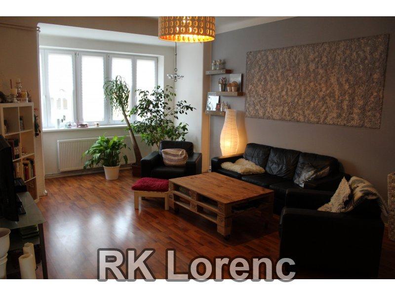 Prodej pěkného bytu 3+1 v OV na ul.Palackého třída - Královo Pole