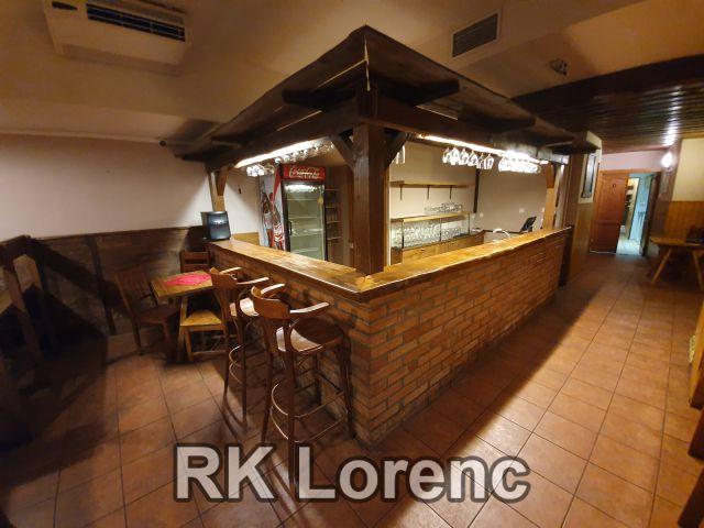 Prodej nebytového prostoru momentálně zavedená restaurace - pivnice, v centru Brna, na ulici Veselá