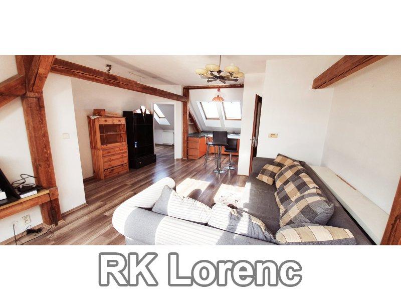 Pronájem podkrovního bytu 3+kk na ul.Brněnská v Modřicích