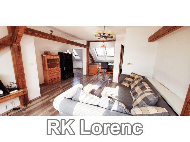 Pronájem podkrovního bytu 3+kk na ul. Brněnská v Modřicích