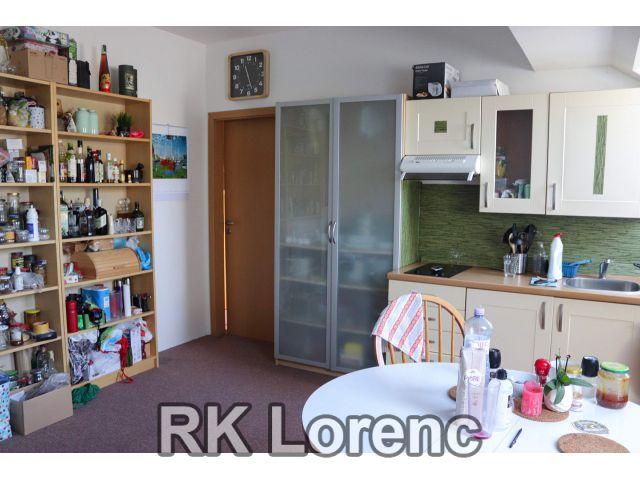 Pronájem zrekonstruovaného bytu 2+kk na ul.Šimáčkova - Líšeň
